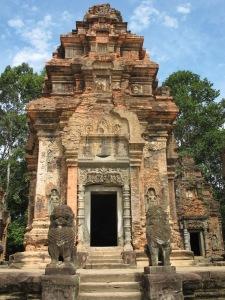 Lions guarding Preah Ko temple