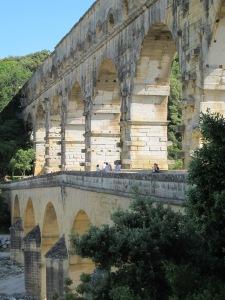 Aqueduct bridge, Pont du Gard
