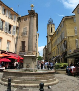 cafes around a fountain, Aix-en Provence