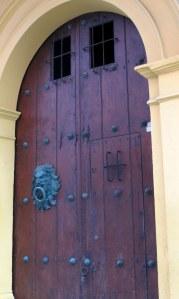 Lion door knocker of Hotel Quadrifolio